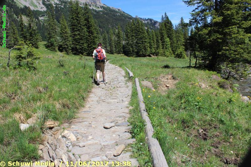 http://www.bergwandern.schuwi-media.de/galerie/cache/vs_Schwarzwasser%20Huette1_swasserhutte_21.jpg