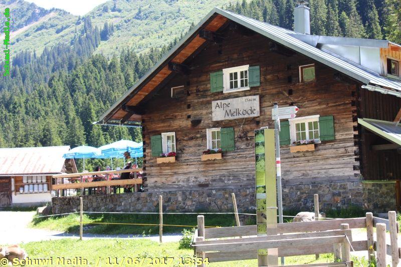 http://www.bergwandern.schuwi-media.de/galerie/cache/vs_Schwarzwasser%20Huette1_swasserhutte_22.jpg